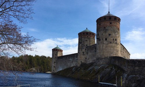 The Castle of Olavinlinna of the 15th century is a visiting card of the South Savo region and a unique stage of international opera festivals in the city of Savonlinna since 1912.